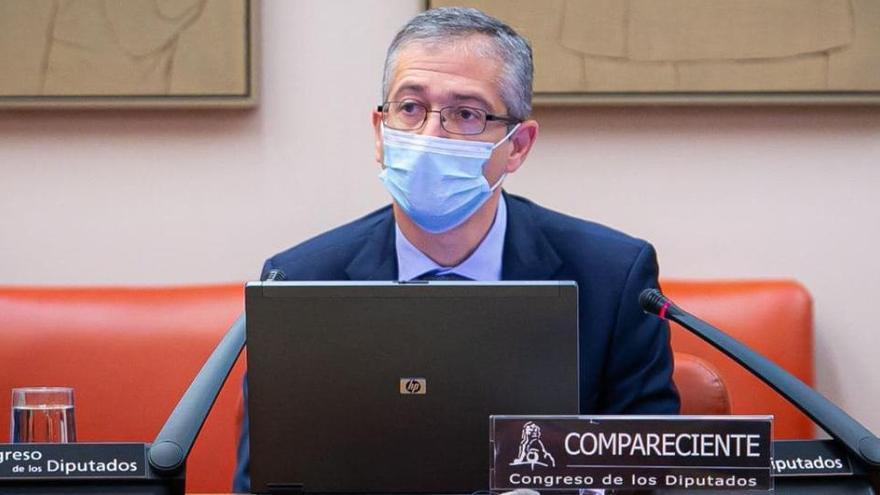 De Cos plantea ampliar el mandato del gobernador del Banco de España a ocho años