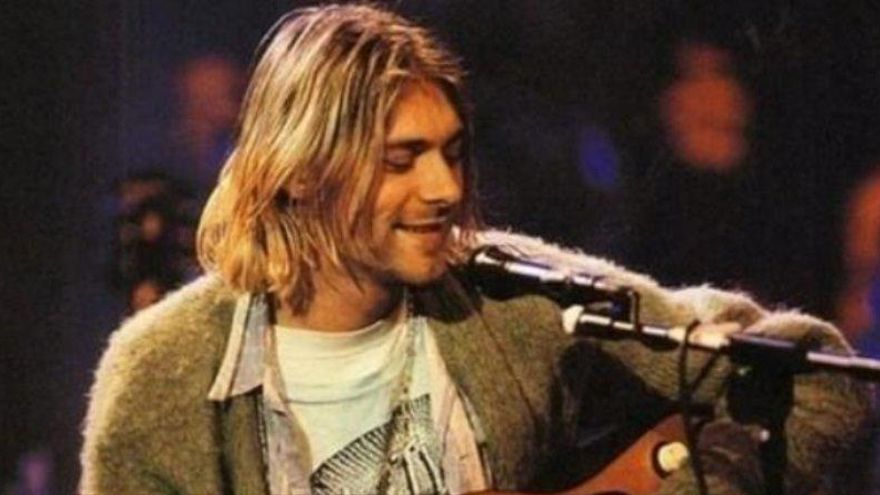 Subastan una guitarra de Kurt Cobain por 5,38 millones