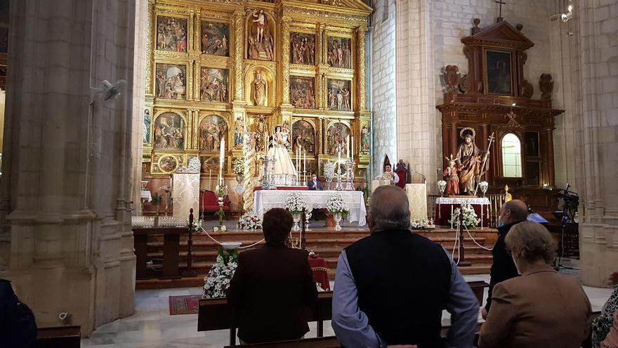 La Virgen de Araceli baja por sorpresa a Lucena el Domingo de Resurrección