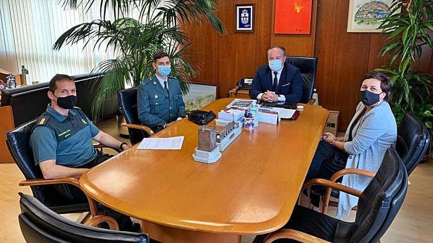 El Concello de Culleredo da la bienvenida a Adrián Fernández, nuevo teniente de la Guardia Civil