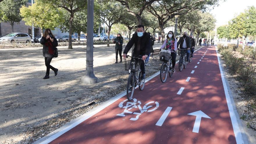 Campaña 30 días en bici por Elche
