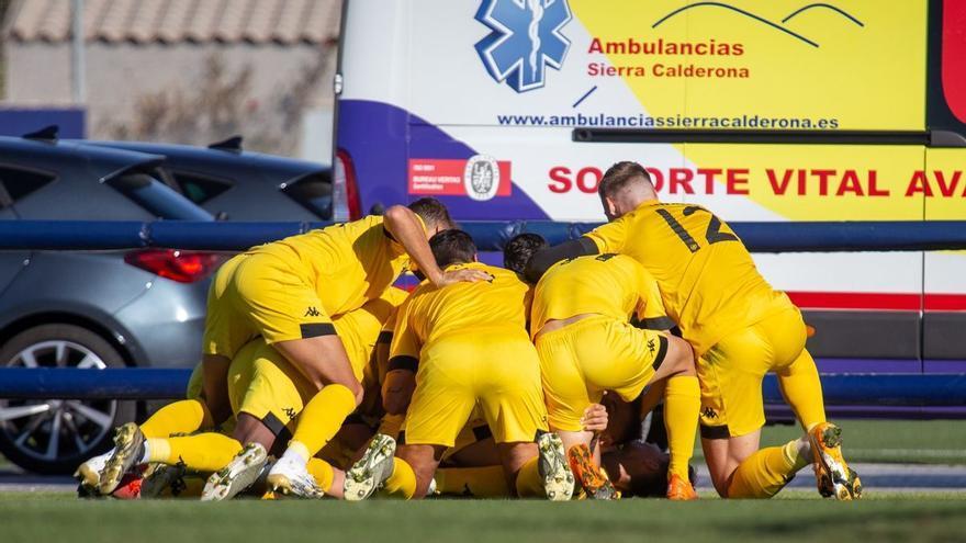 Borja saca la cabeza (0-1)