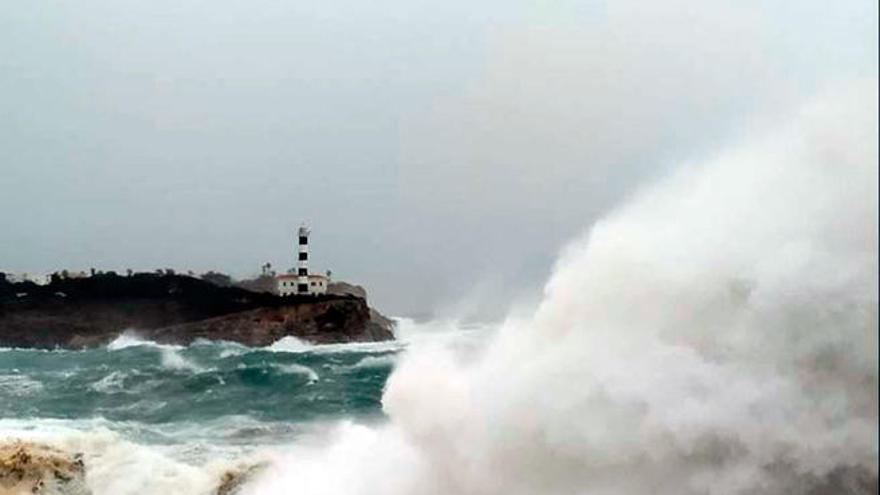 Alerta amarilla en Mallorca por mala mar