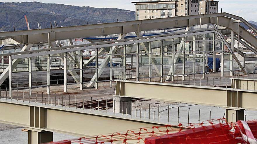 La cúpula del complejo Vialia toma forma y encara su recta final