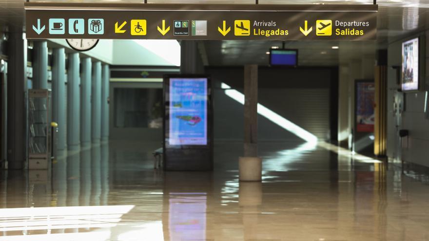 """El PP exige un plan """"urgente"""" para recuperar vuelos internacionales en Asturias"""