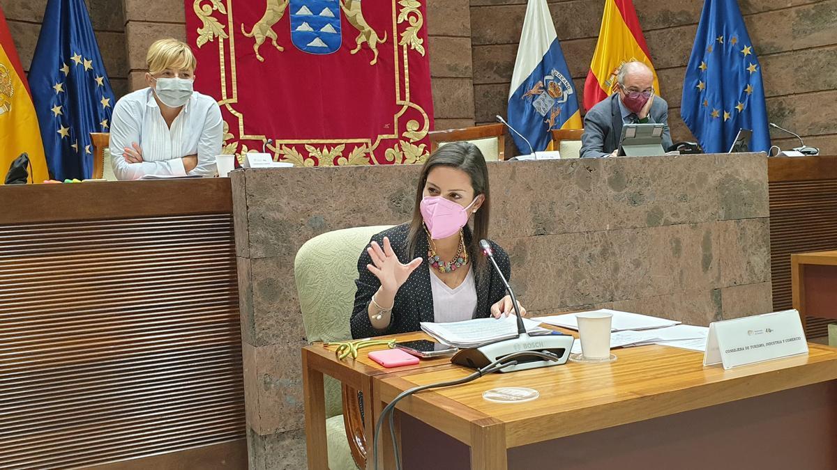 La consejera de Turismo Yaiza Castilla.