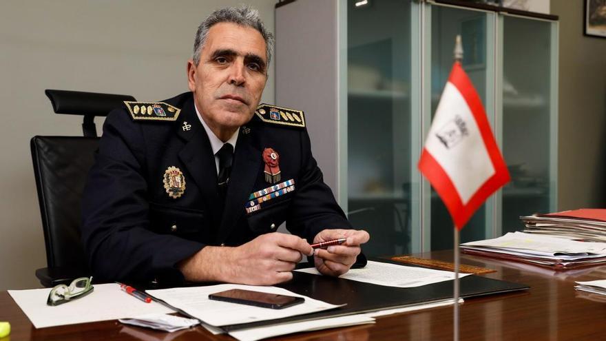 """""""Está planteándose la reincorporación al servicio activo de los policías jubilados"""""""