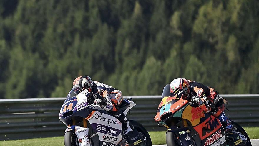 Arón Canet suma su primera «pole» en Moto2