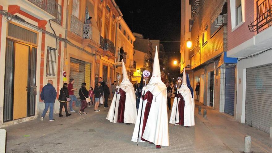 Semana Santa Marinera - Sábado 13 - Sandra Gómez con la Palma... y con Pilar