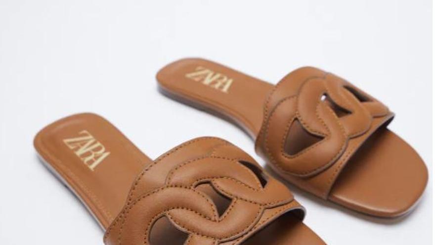 Las sandalias de goma