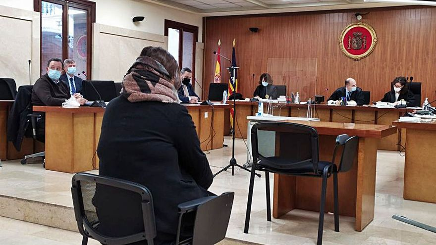 Condenada una agente inmobiliaria por estafar 60.000 euros a una anciana en Palma