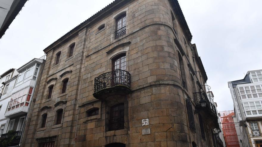 La Xunta inicia el proceso para declarar BIC la Casa Cornide