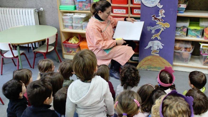 Las islas no capitalinas comienzan a vacunar a los profesores de infantil