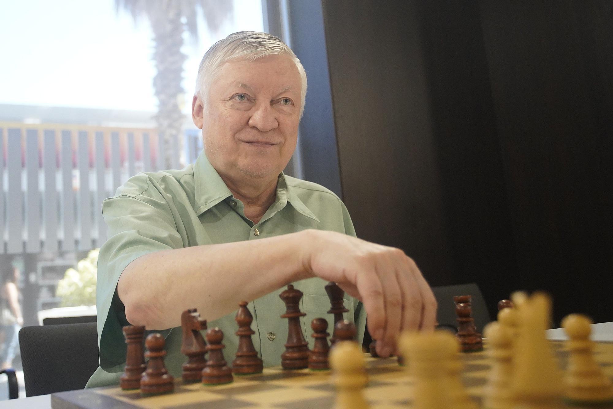 Karpov tindrà una acadèmia a Platja d'Aro