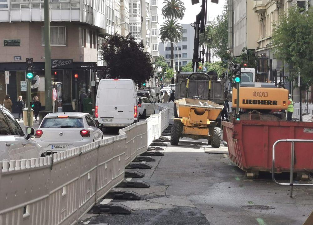 Reabre al tráfico la calle Fontán y se corta un tramo de Federico Tapia