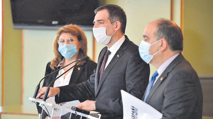 La moción de censura en Murcia, en manos de los tres diputados díscolos de Vox
