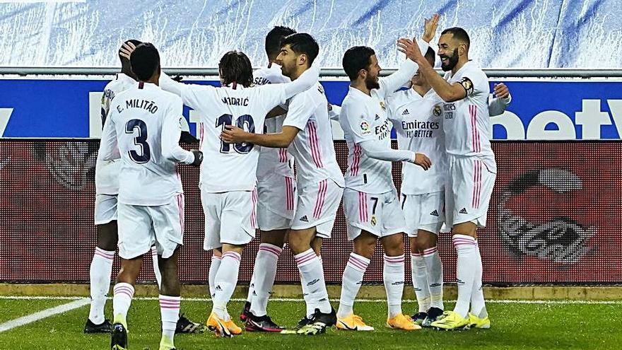 El Madrid revive en Mendizorroza
