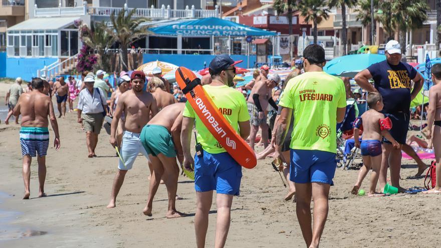 Torrevieja iniciará el sábado el servicio de socorrismo para Semana Santa