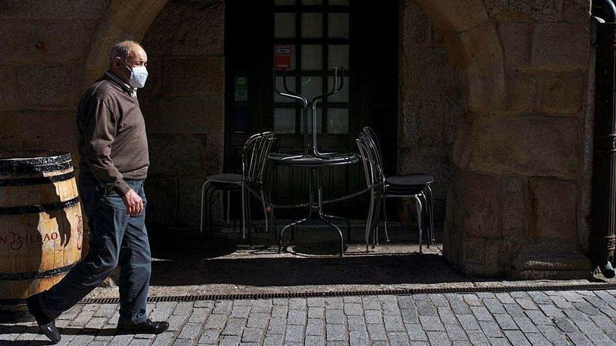 Los hosteleros de Verín echan el cierre de forma voluntaria para frenar los contagios