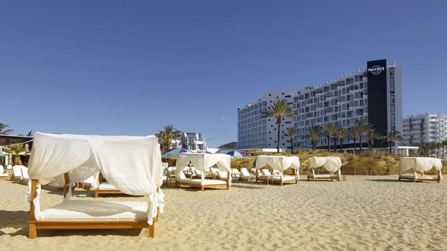 Palladium abrirá este año solo cinco de los 11 hoteles que tiene en Ibiza