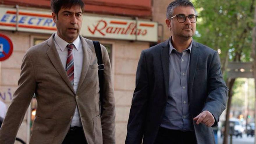 El exdirector del Instituto de Estudis Balearics niega que se fraccionaran contratos