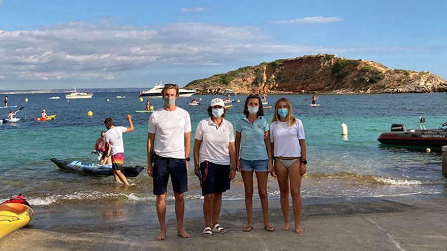 Puerto Portals comprometido por un mar libre de plásticos