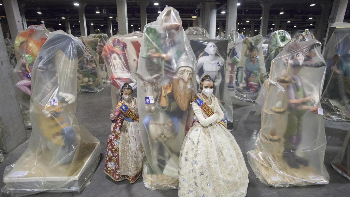 Carla y Consuelo visitaron las fallas de Feria Valencia con Levante-EMV el pasado mes de marzo