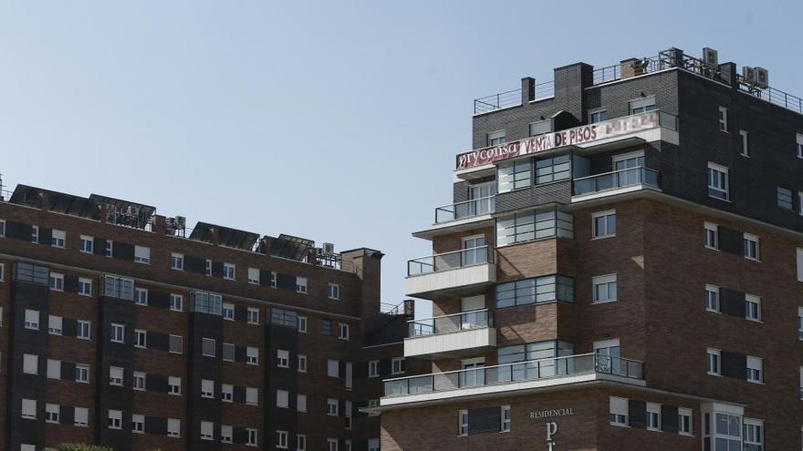 La firma de hipotecas para vivienda modera su caída un 3,4% en agosto