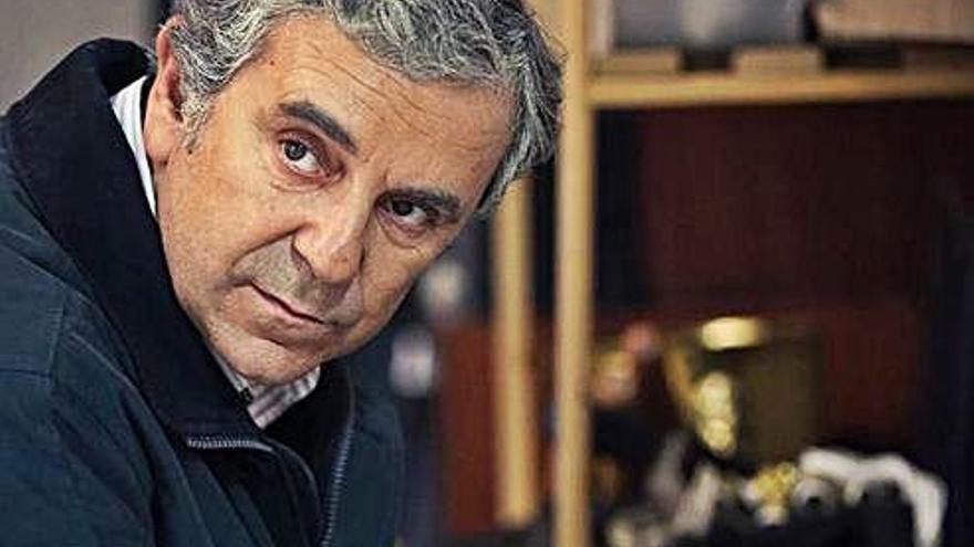 O actor Miguel de Lira protagoniza a entrega de hoxe de 'A Noite de...'