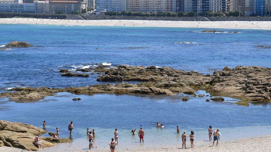 Galicia sigue con temperatura elevadas el domingo, más suaves en el litoral