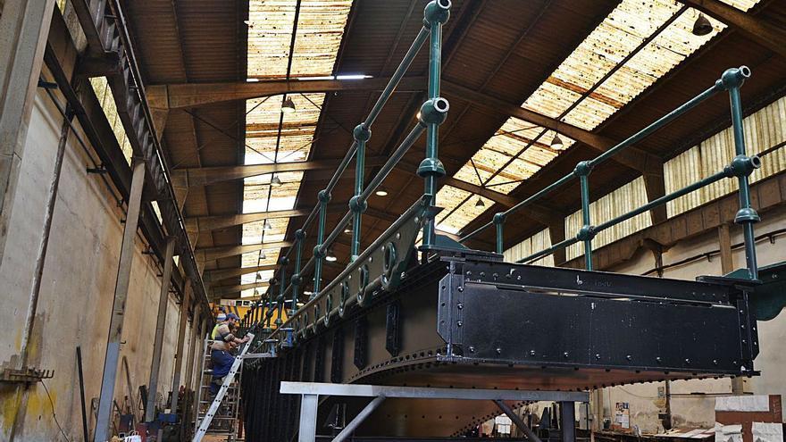 Carreño tiende un puente giratorio con Vizcaya