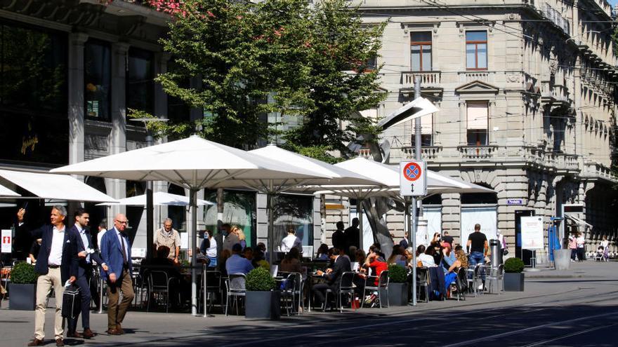 Suiza incluye a Canarias y gran parte de Francia en su lista de zonas en riesgo