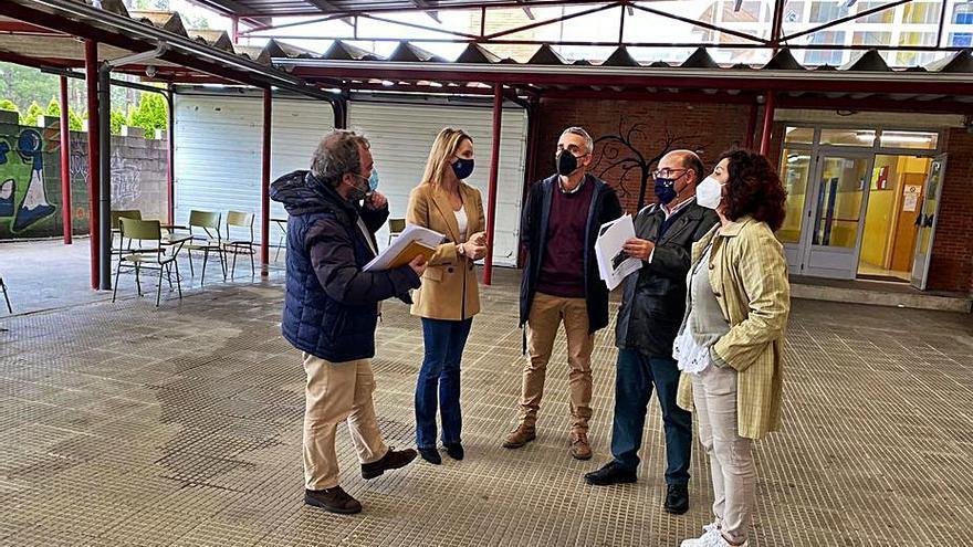 La Xunta licita el cambio de cubierta del IES Val Miñor por 193.000 euros