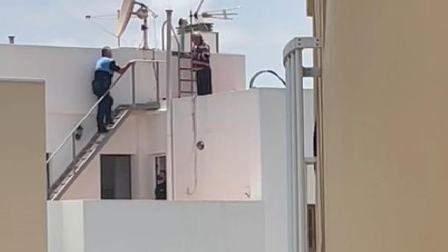 La Policía Local de Puerto del Rosario evita el suicidio de un vecino