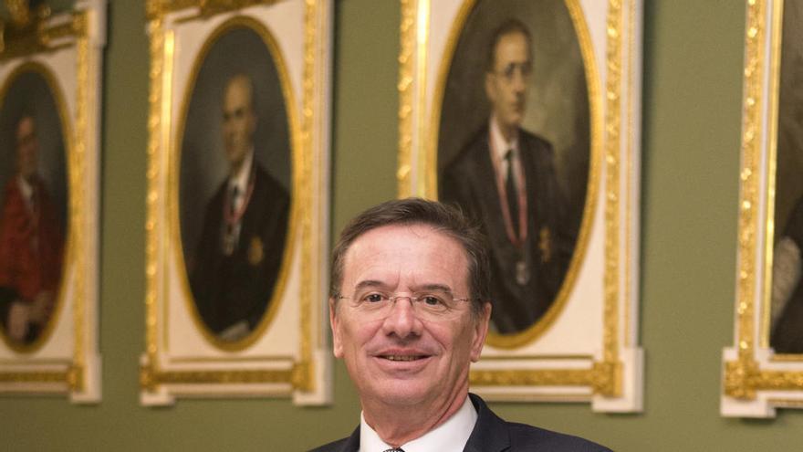 Francisco Cantos Viñals: «El asesoramiento del notario es el principal apoyo que necesita un empresario»
