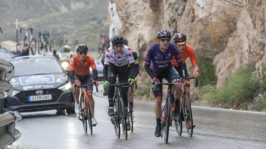 Sebastián Mora se mete quinto en la segunda etapa de la Volta a la Comunitat Valenciana