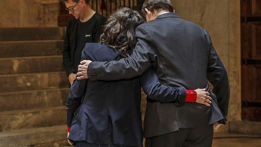 Puig y Oltra escenifican su reconciliación con un plan para mejorar los Servicios Sociales
