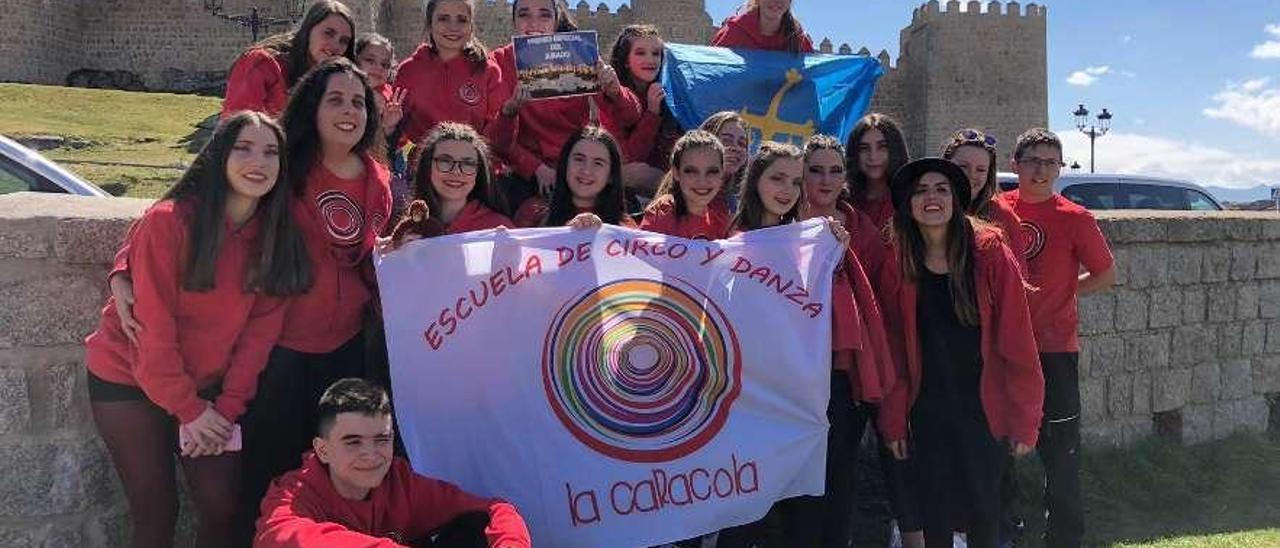 """Miembros de """"La Caracola"""" participantes en el certamen nacional celebrado en Ávila."""