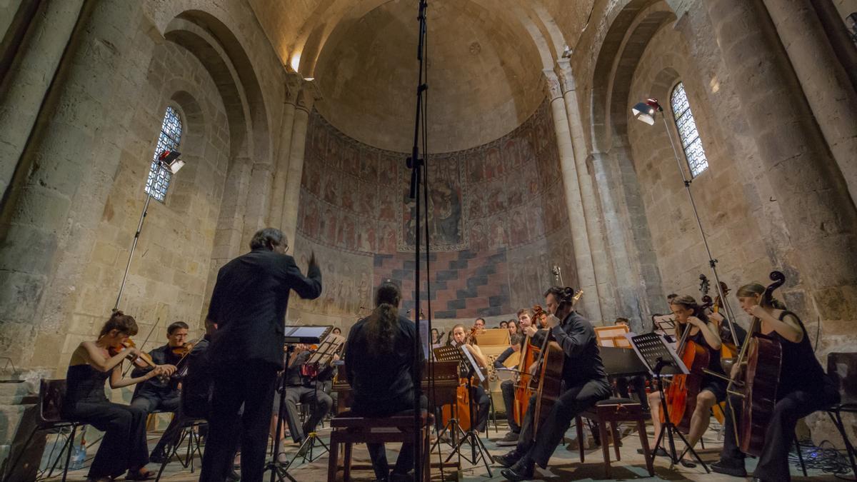 El Festival y Curso Internacional de Música Antigua de Daroca alcanzan este 2021 su 43ª edición.