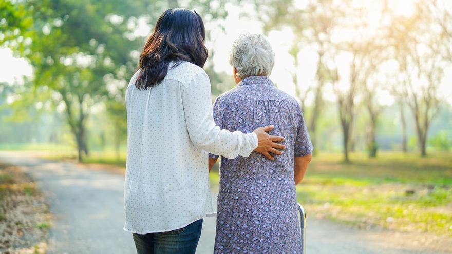 Incapacidad de personas mayores: un millar de casos espera sentencia judicial