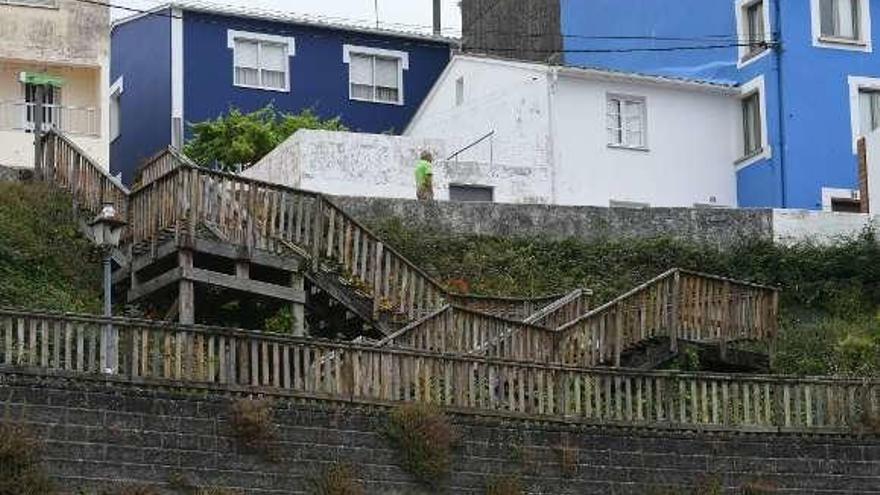 Sada adjudica la mejora del barrio de Fontán y reformará este mes las escaleras