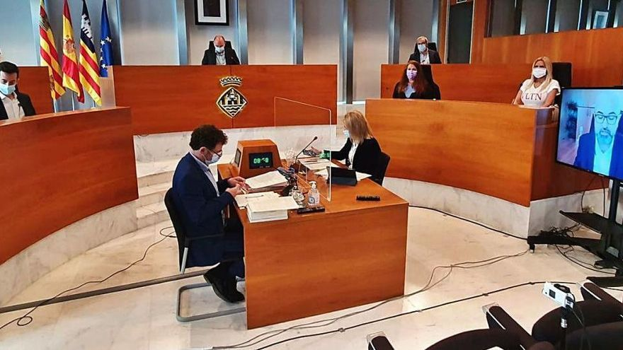 El Consell se une entre reproches para exigir al Govern el pago de 34 millones