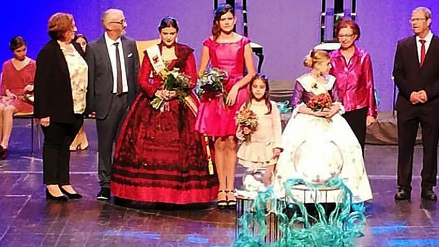 Àngels Ferrer y Andrea Soler, reinas mayor e infantil de las fiestas de Altea