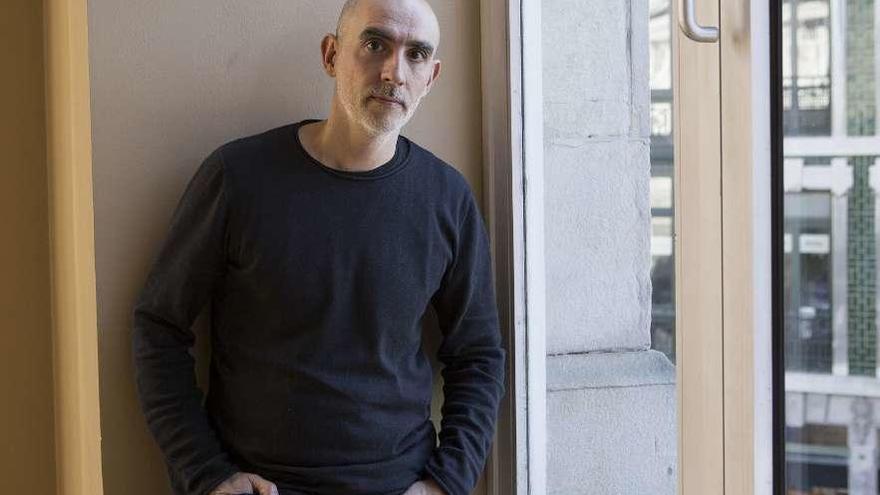 """Alfredo Sanzol: """" 'El barberillo' deja una marca en el corazón del público"""""""