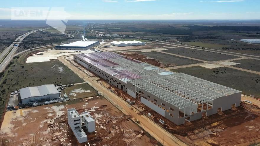 VÍDEO | La obra civil de Latem Aluminium en Villabrázaro avanza a buen ritmo