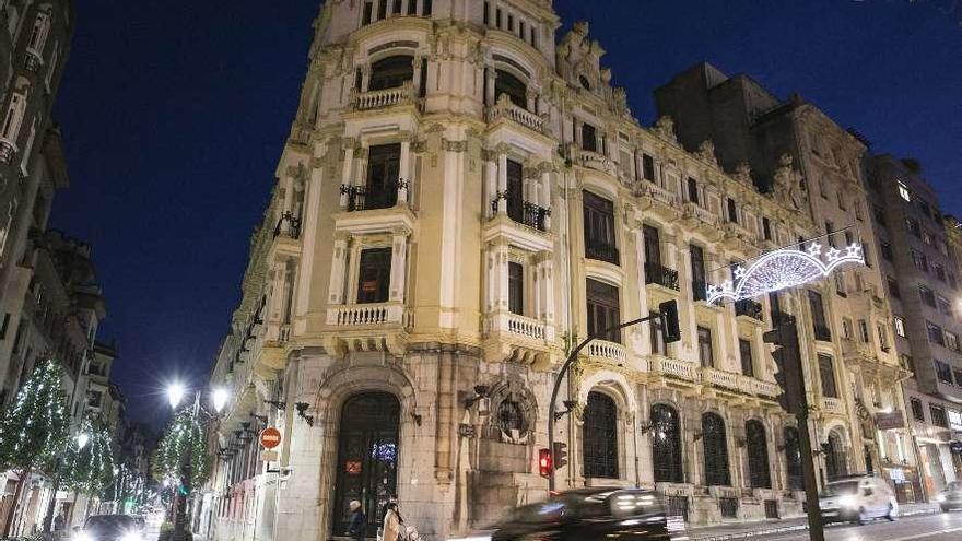 Oviedo aparca su idea de unificar servicios tras la venta del edificio Banesto