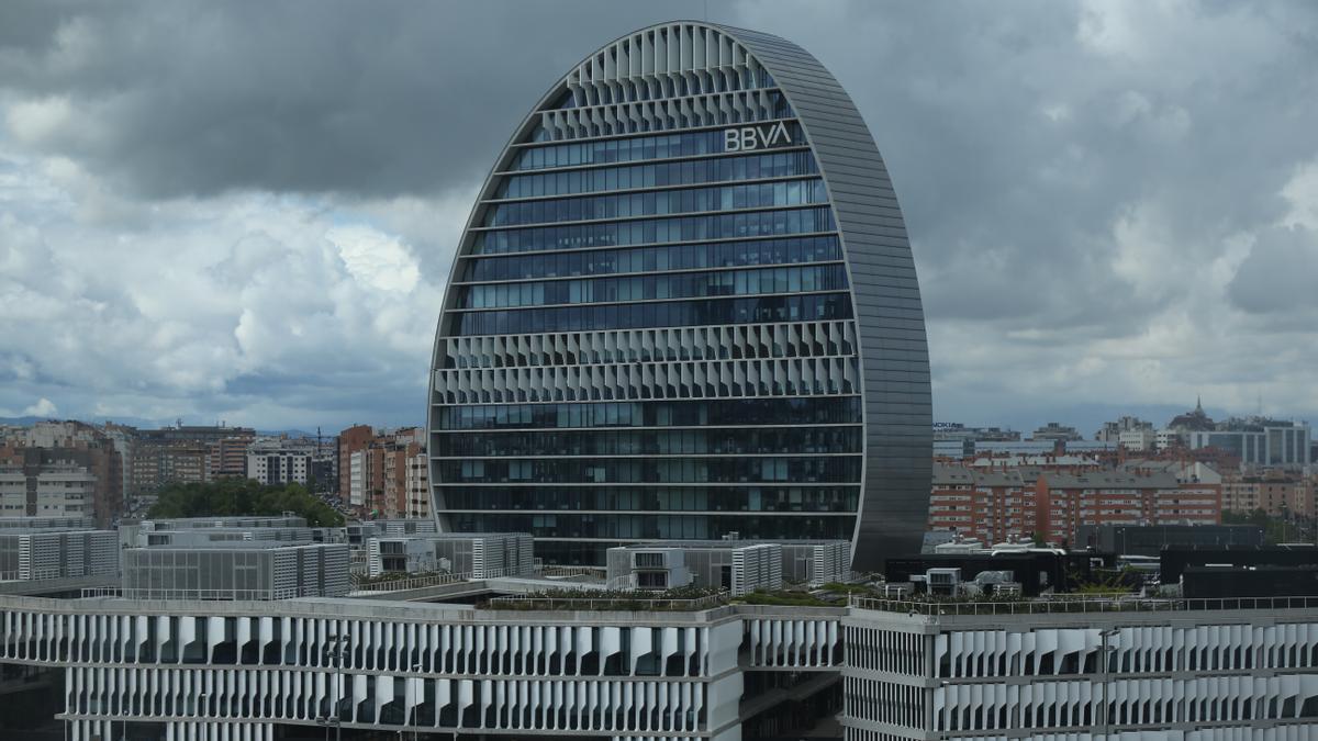 Edificio de la sede de BBVA en Madrid, conocido como 'La Vela'.
