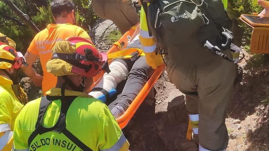 Herida una senderista tras despeñarse en Garajonay