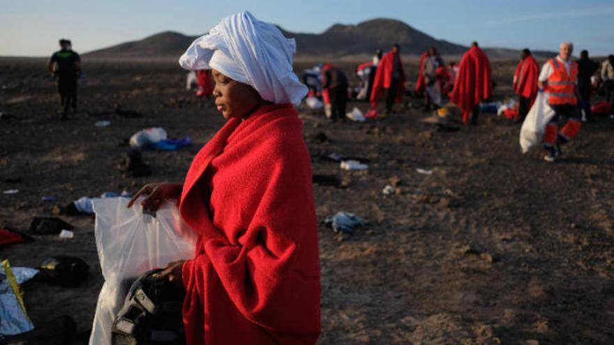 Ocho ayuntamientos más y el Cabildo de Fuerteventura ofrecen alojamiento para los migrantes