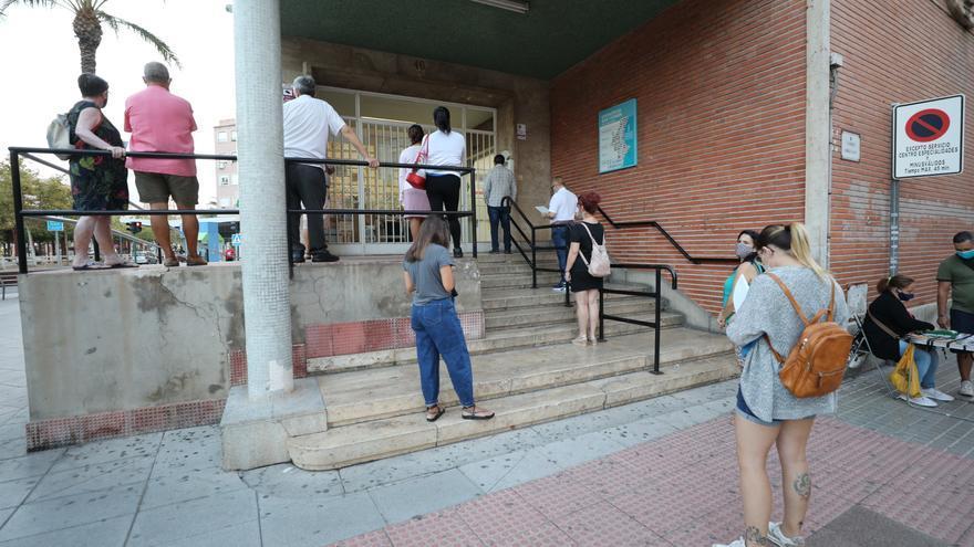 Los médicos residentes de la Comunidad se suman al paro de 10 minutos en los centros de salud el lunes